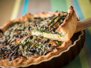 Get Funghi winter chanterelle and spinach tart. Image www.robwhitrow.co.uk
