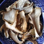 Get funghi dried wild porcini